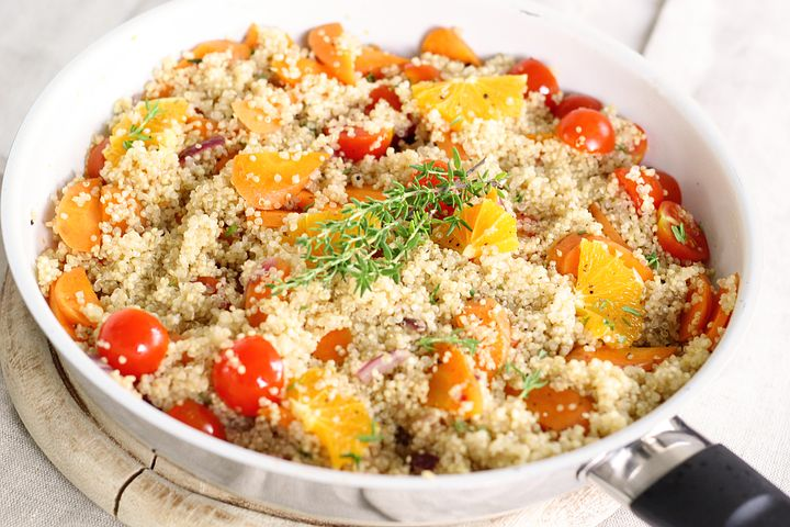 Read more about the article The Best Mediterranean Quinoa Salads