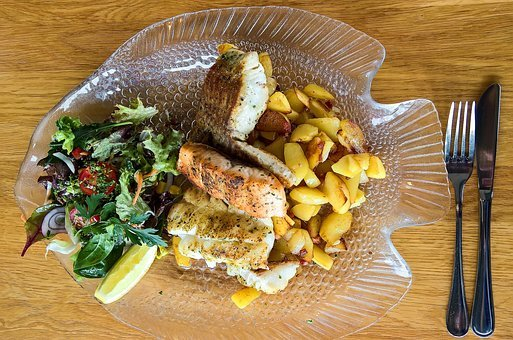 Read more about the article The Very Best Salads With Halibut